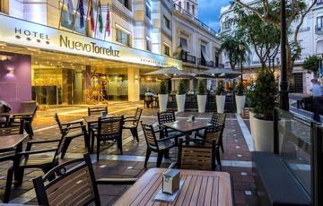 Fassade Hotel Nuevo Torreluz