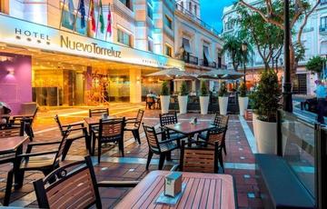 Terraza Taberna Hotel Nuevo Torreluz